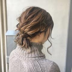 アッシュブラウン デート ナチュラル 簡単ヘアアレンジ ヘアスタイルや髪型の写真・画像