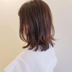 レイヤーカット ヘアカット レイヤーヘアー ミディアム ヘアスタイルや髪型の写真・画像