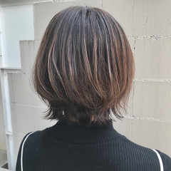 極細ハイライト ショートボブ アッシュグレージュ アッシュベージュ ヘアスタイルや髪型の写真・画像