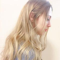 波ウェーブ ナチュラル 外国人風 ハイライト ヘアスタイルや髪型の写真・画像