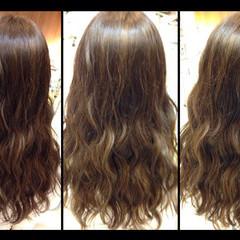 アッシュ セミロング 外国人風 グラデーションカラー ヘアスタイルや髪型の写真・画像