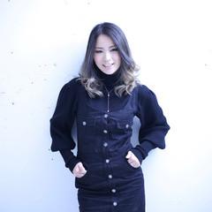 エレガント 外国人風カラー セミロング グラデーションカラー ヘアスタイルや髪型の写真・画像