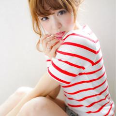 フェミニン ピュア ヘアアレンジ 簡単ヘアアレンジ ヘアスタイルや髪型の写真・画像