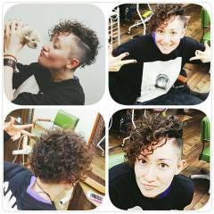 外国人風 ウェットヘア ショート 暗髪 ヘアスタイルや髪型の写真・画像
