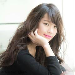 アッシュ パーマ ロング 暗髪 ヘアスタイルや髪型の写真・画像
