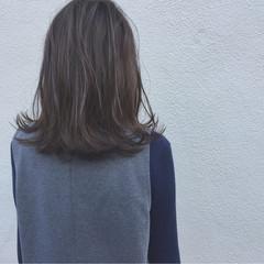 ボブ ミディアム 切りっぱなし ナチュラル ヘアスタイルや髪型の写真・画像