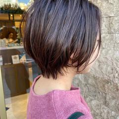 アッシュベージュ ショートボブ ラベンダーピンク ミニボブ ヘアスタイルや髪型の写真・画像