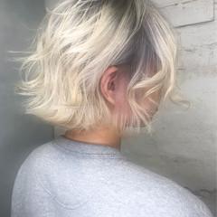 ヘアカラー ボブ ホワイトブリーチ ストリート ヘアスタイルや髪型の写真・画像