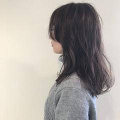 アッシュ 外国人風 ナチュラル セミロング ヘアスタイルや髪型の写真・画像