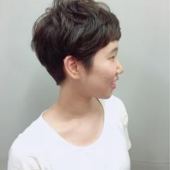 ベリーショート ショート アッシュ 暗髪 ヘアスタイルや髪型の写真・画像
