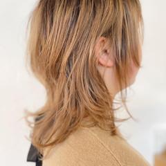 ブリーチオンカラー ハイトーンカラー ナチュラル ブリーチカラー ヘアスタイルや髪型の写真・画像