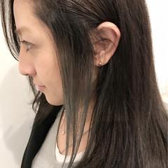 ハイライト フェミニン セミロング インナーカラー ヘアスタイルや髪型の写真・画像