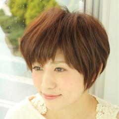 ショート 暗髪 モード ナチュラル ヘアスタイルや髪型の写真・画像