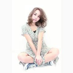 ハイライト ミディアム 外国人風 大人女子 ヘアスタイルや髪型の写真・画像