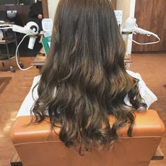 ウェーブ ゆるふわ ハイライト フェミニン ヘアスタイルや髪型の写真・画像