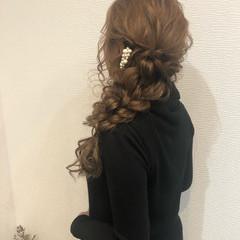ヘアセット 編みおろし 結婚式 フェミニン ヘアスタイルや髪型の写真・画像