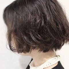 大人かわいい ナチュラル アッシュ ボブ ヘアスタイルや髪型の写真・画像