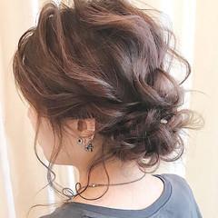 ヘアアレンジ 結婚式ヘアアレンジ ナチュラル ミディアム ヘアスタイルや髪型の写真・画像