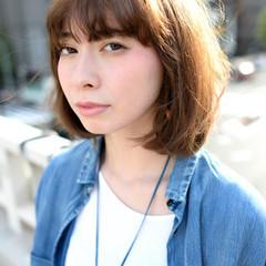簡単 ベース型 ミディアム パーマ ヘアスタイルや髪型の写真・画像
