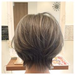 ショート ハイライト フェミニン 外国人風 ヘアスタイルや髪型の写真・画像
