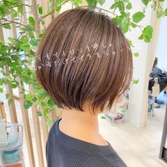 インナーカラー ナチュラル ショート ミニボブ ヘアスタイルや髪型の写真・画像