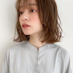 アンニュイほつれヘア デジタルパーマ 大人可愛い 切りっぱなしボブ ヘアスタイルや髪型の写真・画像
