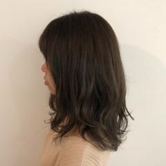 ガーリー ゆるふわ 暗髪 レイヤーカット ヘアスタイルや髪型の写真・画像