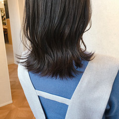 切りっぱなしボブ レイヤーカット ナチュラル アッシュブラウン ヘアスタイルや髪型の写真・画像