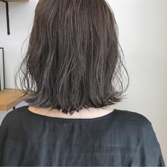 秋 外ハネ ハイライト 切りっぱなし ヘアスタイルや髪型の写真・画像