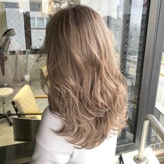 ピンクベージュ ミルクティーベージュ ミルクティー ガーリー ヘアスタイルや髪型の写真・画像