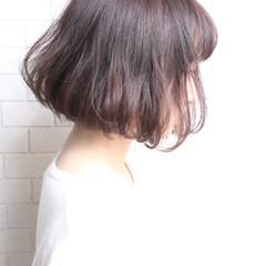 切りっぱなし 色気 エアリー ナチュラル ヘアスタイルや髪型の写真・画像