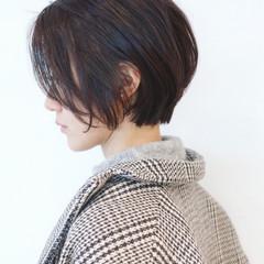黒髪 フェミニン ナチュラル パーマ ヘアスタイルや髪型の写真・画像