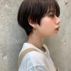 ミニボブ ショートヘア ナチュラル ショート ヘアスタイルや髪型の写真・画像