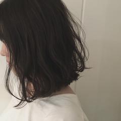 大人かわいい 外ハネ 暗髪 ボブ ヘアスタイルや髪型の写真・画像