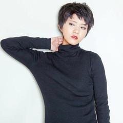 暗髪 ナチュラル ウェットヘア 黒髪 ヘアスタイルや髪型の写真・画像