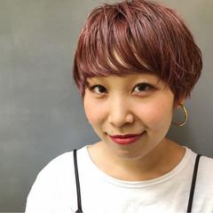 ウェーブ ピンク アンニュイ ハイトーン ヘアスタイルや髪型の写真・画像