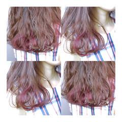 ガーリー ピンク ハイライト インナーカラー ヘアスタイルや髪型の写真・画像