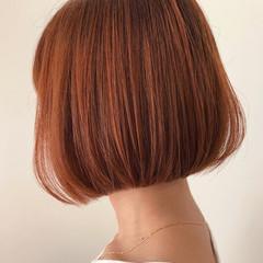 ミニボブ カッパーピンク 簡単スタイリング 切りっぱなしボブ ヘアスタイルや髪型の写真・画像