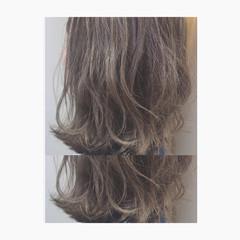 グレージュ アッシュ ボブ ハイライト ヘアスタイルや髪型の写真・画像