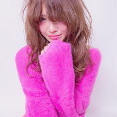 小顔 ロング 大人女子 ニュアンス ヘアスタイルや髪型の写真・画像