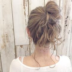 ミディアム ミルクティー ハイライト 外国人風 ヘアスタイルや髪型の写真・画像