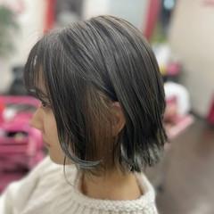 ボブ ウルフカット マットグレージュ ガーリー ヘアスタイルや髪型の写真・画像