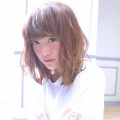大人かわいい フェミニン おフェロ ウェーブ ヘアスタイルや髪型の写真・画像