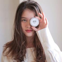 ロング ミルクティーベージュ 簡単スタイリング 透明感カラー ヘアスタイルや髪型の写真・画像