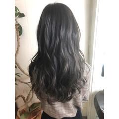 黒髪 ナチュラル 暗髪 グレージュ ヘアスタイルや髪型の写真・画像