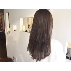 ストリート アッシュ ロング ラベンダーアッシュ ヘアスタイルや髪型の写真・画像