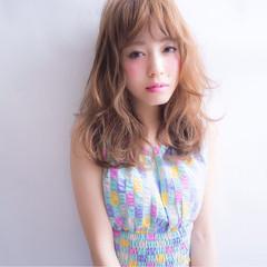 ゆるふわ 大人かわいい アッシュ 外国人風 ヘアスタイルや髪型の写真・画像