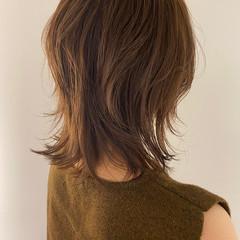 ミディアム ミディアムレイヤー レイヤースタイル ナチュラル ヘアスタイルや髪型の写真・画像