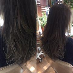 外国人風カラー コンサバ アッシュ グレージュ ヘアスタイルや髪型の写真・画像