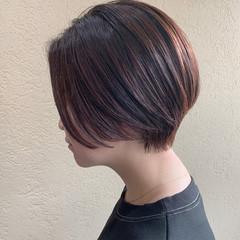 ショートヘア ピンクブラウン ナチュラル ショート ヘアスタイルや髪型の写真・画像